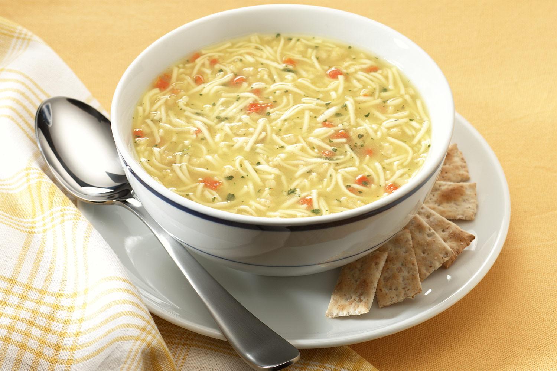 Resultado de imagen para Sopa de fideos con garbanzos y lentejas