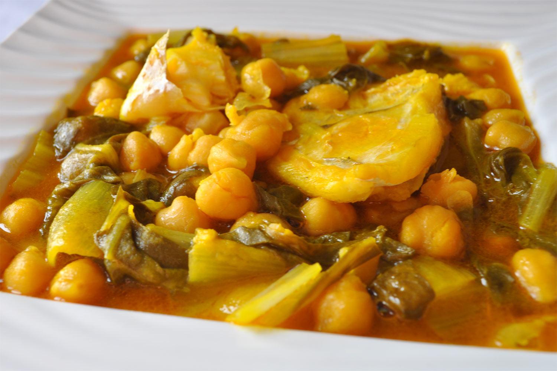 Garbanzos con bacalao y acelgas - Bacalao con garbanzos y patatas ...
