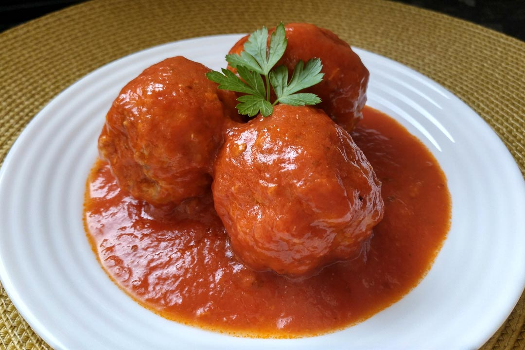 albondigas caseras en salsa de tomate thermomix