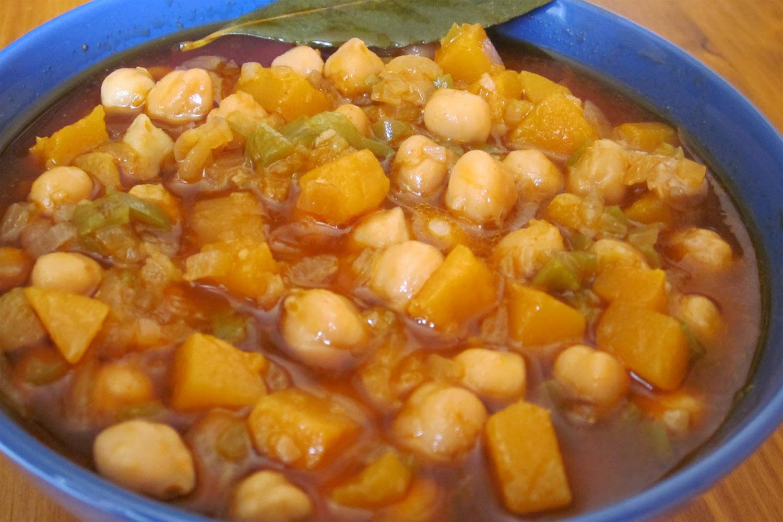 Potaje de garbanzos con calabaza - Bacalao con garbanzos y patatas ...